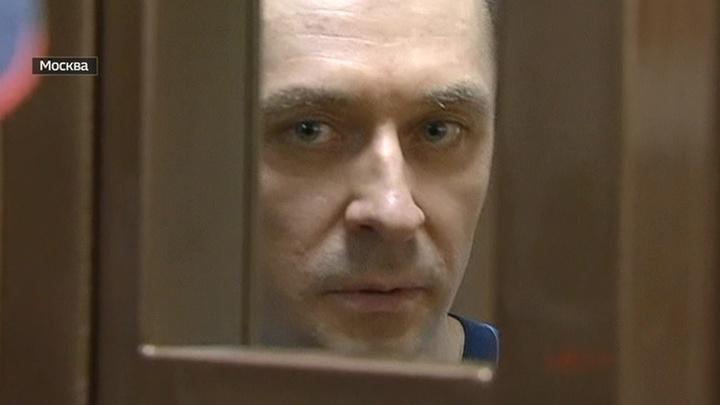 На суде полковник Захарченко был весел и обвинил прокурора во лжи