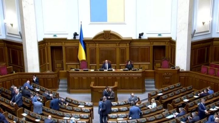 Европейские партнеры мягко намекнули Порошенко, что пора освободить президентское кресло