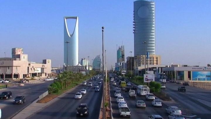 Московское посольство Саудовской Аравии начало выдавать визы мусульманам Крыма с российскими паспортами