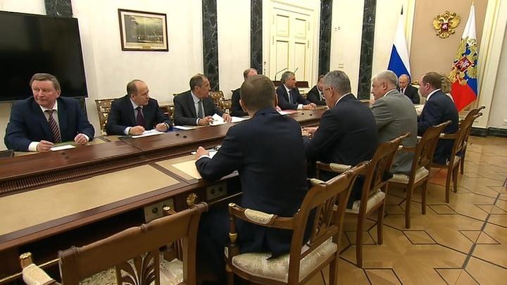 Президент Путин провел в Москве заседание Совбеза