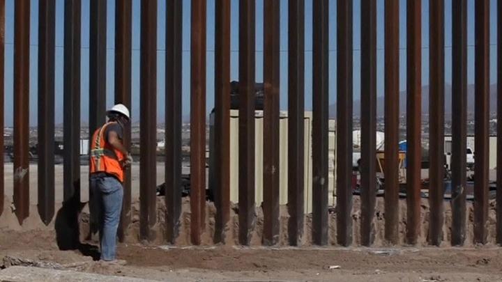 Американский суд запретил строительство стены на границе с Мексикой