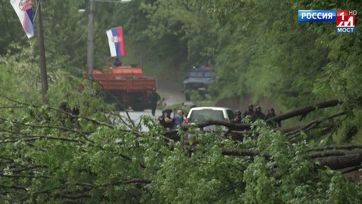 Опубликованы кадры избиения российского дипломата косовским спецназом