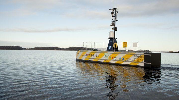 Беспилотное судно способно находиться в океане несколько месяцев без дозаправки.