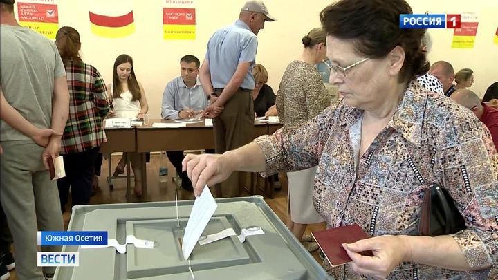 В Южной Осетии на выборах в парламент лидирует пропрезидентская партия