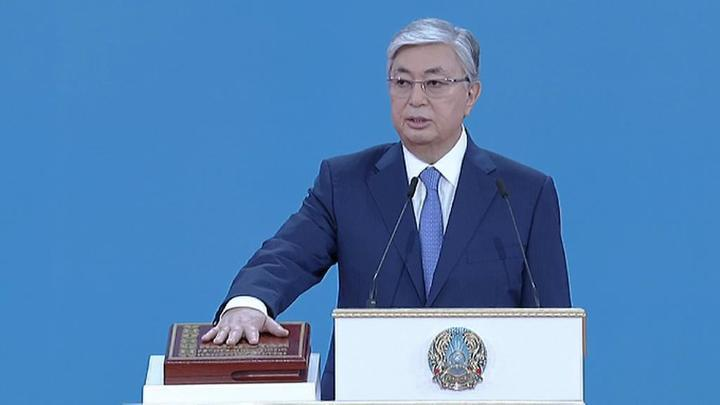 Избранный президент Казахстана вступил в должность