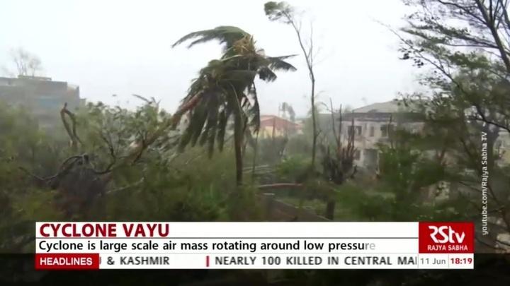 Индию ожидает удар циклона