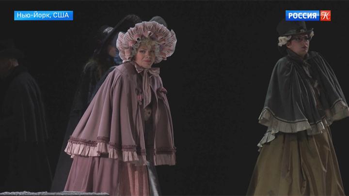 """Публика в Нью-Йорке увидела спектакль Римаса Туминаса """"Маскарад"""""""