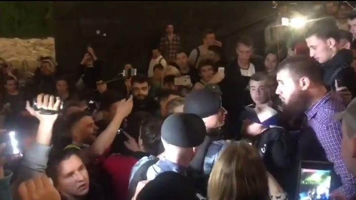Актера Андрея Гайдуляна задержали на площади в Москве