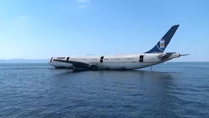 В Эгейском море затопили Airbus A330 для любителей дайвинга