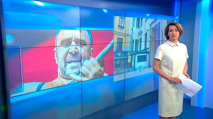 """Собственная парадная: лидер """"Ленинграда"""" наплевал на архитектуру Петербурга"""