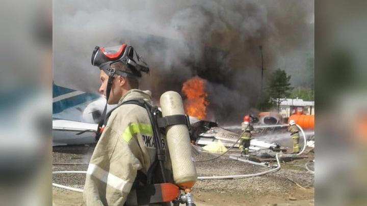 Ан-24 совершил аварийную посадку в Бурятии: погибли два члена экипажа
