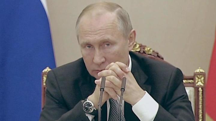 Разговор с Артемьевым: ладони Путина превратились в кулаки