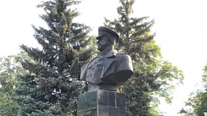 Кернес опубликовал фото восстановленного памятника маршалу Жукову