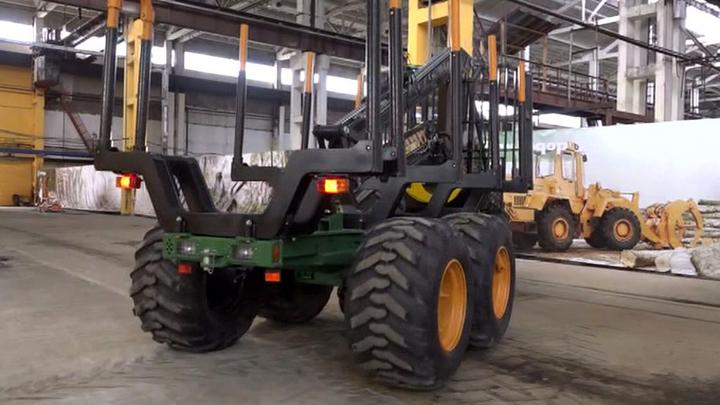 Первый трактор для лесозаготовок выпустило предприятие в Петрозаводске