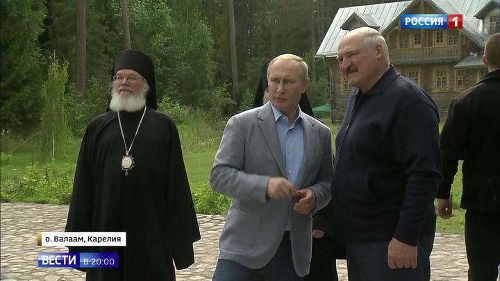 Путин с православным атеистом Лукашенко посетили святые места в Карелии