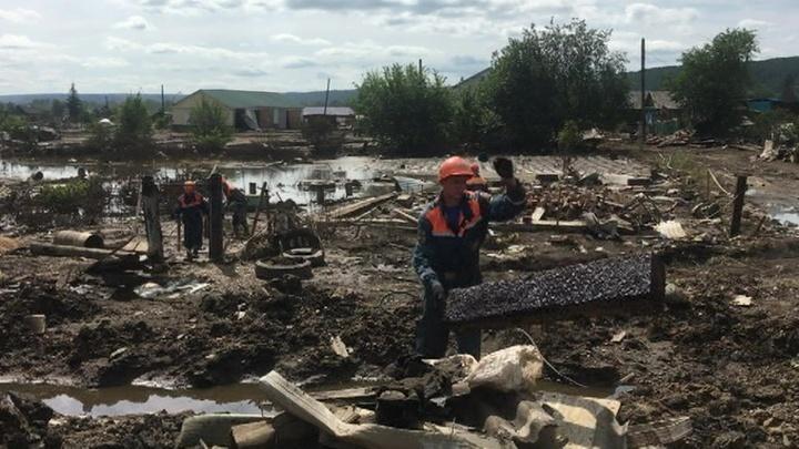Военные не прекращают восстановительные работы в Иркутской области