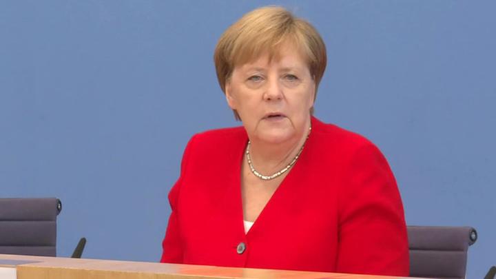 Меркель поздравила Мишустина