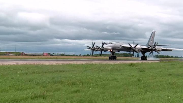 Воздушное хулиганство: командующий дальней авиацией РФ оценил действия пилотов Южной Кореи