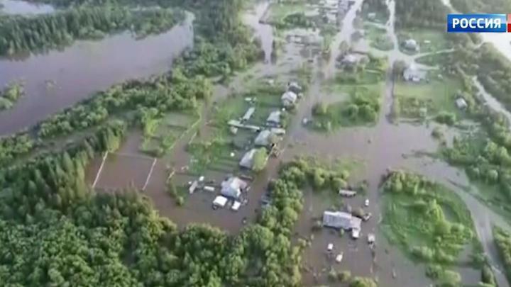 Паводки на Дальнем Востоке: в Хабаровске мосты ушли под воду за одну ночь
