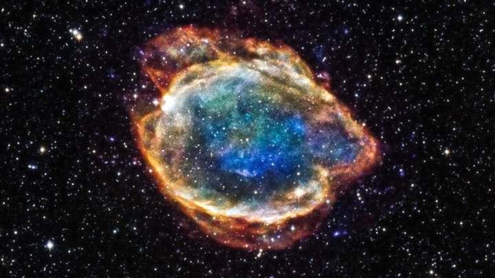 Сверхновые типа Ia обогащают Вселенную металлом.
