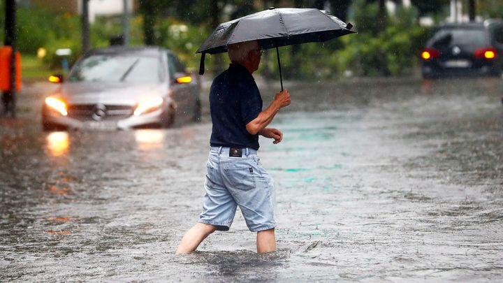 Ливни, град и грозы прогнозируют в ближайшие часы в Сочи