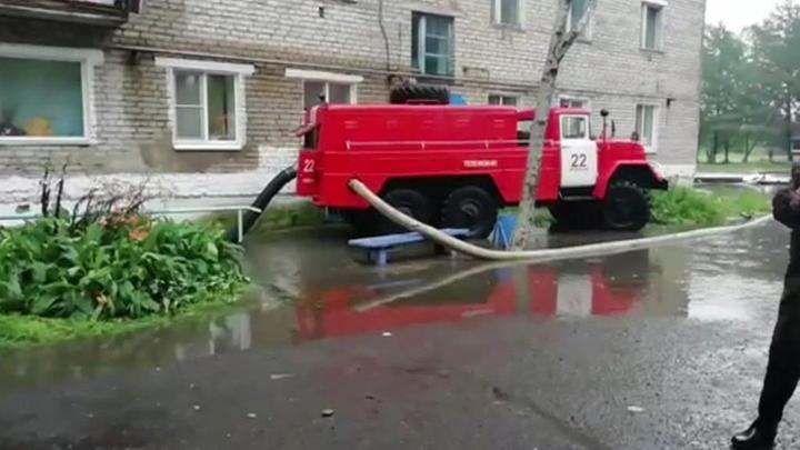 """Тайфун """"Лекима"""" подтопил несколько улиц в Хабаровске"""