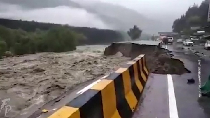 Наводнения на севере Индии унесли жизни десятков людей