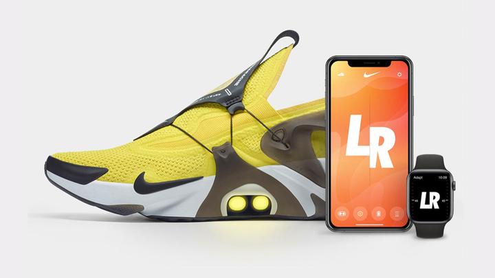 """Новым """"умным"""" кроссовкам Nike можно отдавать голосовые команды"""