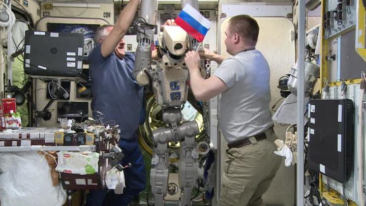 Робот Федор отчитался о проделанной работе