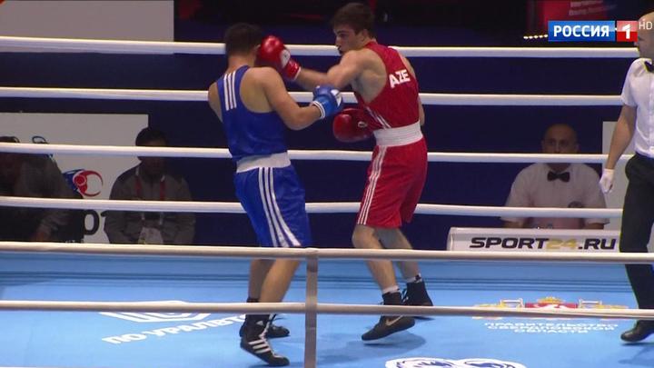 В Екатеринбурге прошли первые поединки чемпионата мира по боксу