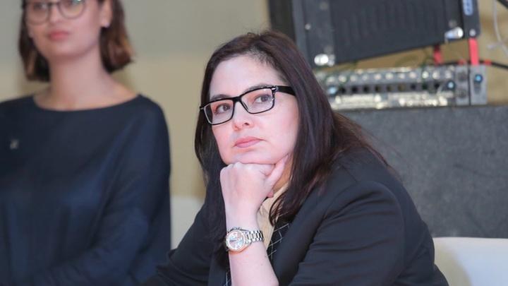 Отпуск закончился, а приказа об увольнении нет: чиновница Алашкевич вернулась на работу