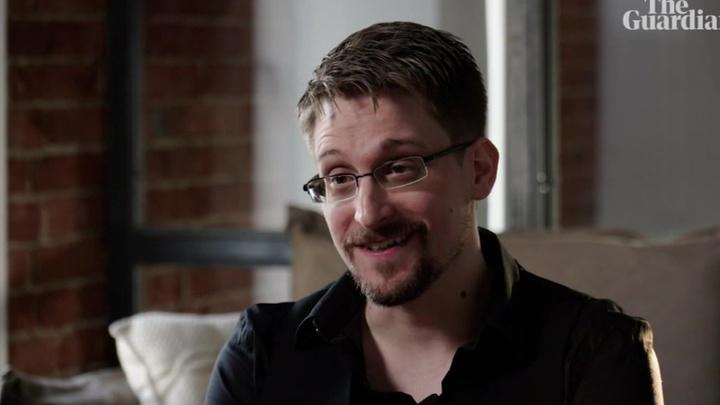 Жизнь личная и жизнь шпионская: откровения Эдварда Сноудена