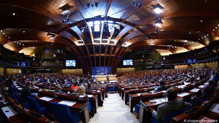 Мониторинговый комитет ПАСЕ рекомендовал сохранить полномочия делегации РФ