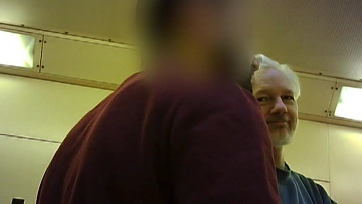 Главный редактор WikiLeaks: британцы измываются над Ассанжем в тюрьме