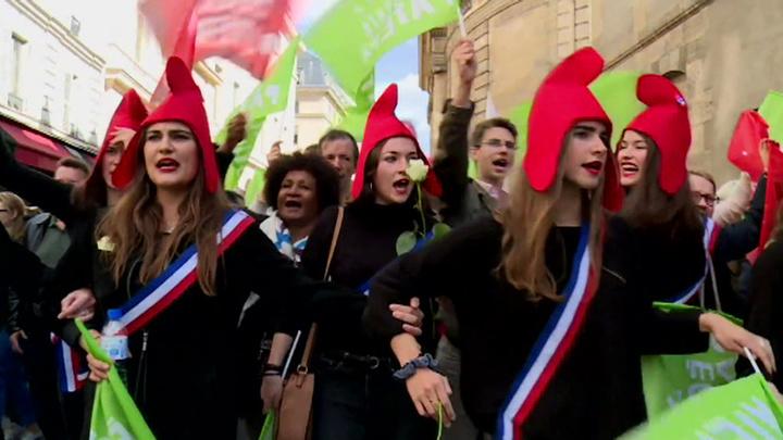 Свобода, Равенство, Отцовство: парижане выступили за традиционную семью