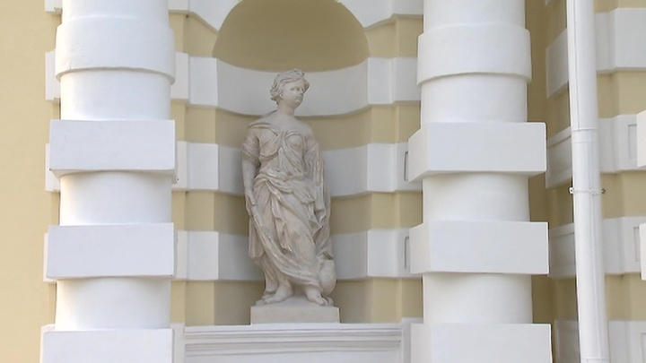 Реставрация скульптур в Кусково: экзамен на соответствие пройден