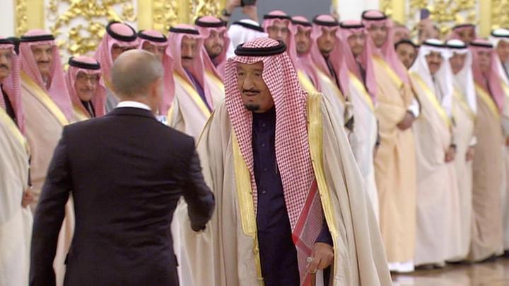 Визит Путина в Саудовскую Аравию: в центре внимания - экономика и ситуация на Ближнем Востоке
