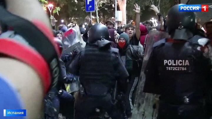 Барселона в огне: баррикады, уличные бои и испуганные туристы
