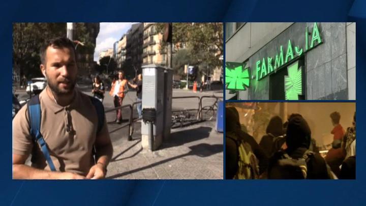 После ночи протестов Барселона снова превратилась в туристический город