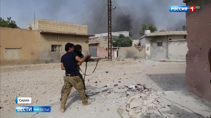 """""""Источник мира"""", американская база и """"вежливые люди"""": двойной репортаж из Сирии"""