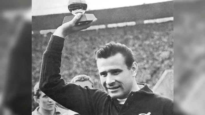 Российские футбольные клубы почтили памятью 90-летие Льва Яшина
