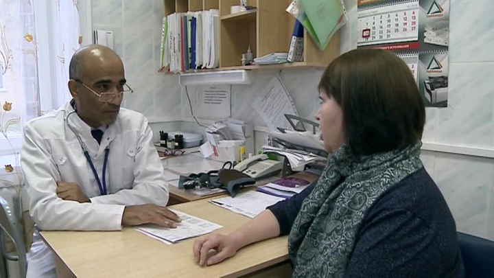 """На Урале чиновники отказываются выплачивать врачу миллион по программе """"Земский доктор"""""""