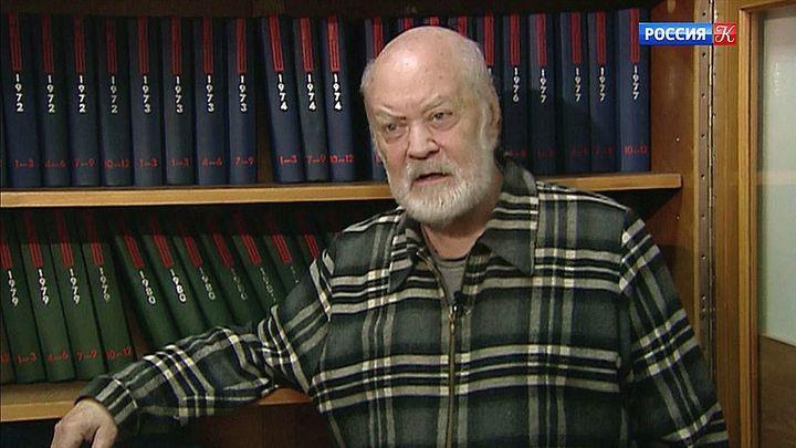 На 86-м году жизни скончался Лев Аннинский
