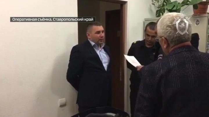 Главу Минстроя Ставрополья подозревают в злоупотреблении полномочиями
