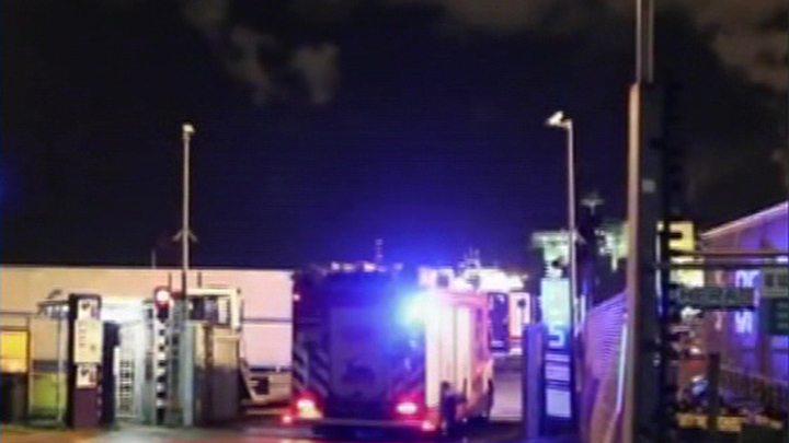Более двух десятков мигрантов обнаружили в рефрижераторе на пути в Британию