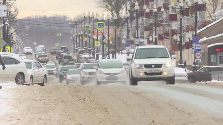 Из-за снегопада на Сахалине без света остались несколько городов и поселков