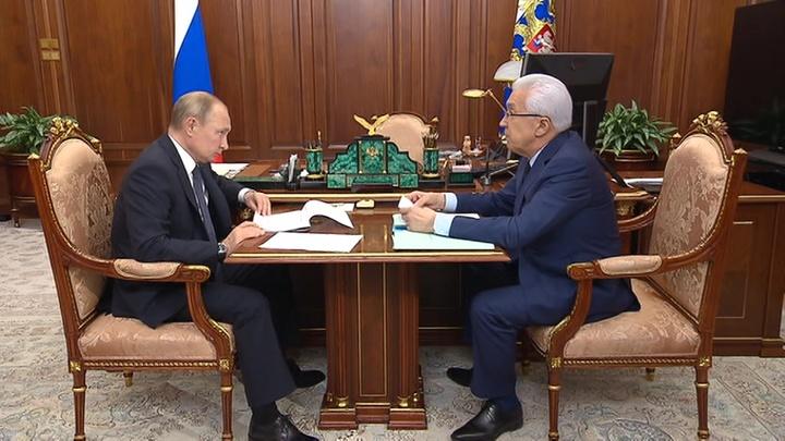 Владимир Путин обсудил с главой Дагестана проблемы республики