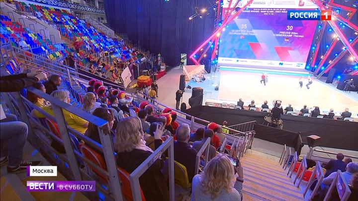 НА ЧМ по акробатическому рок-н-роллу и буги-вуги россияне показали свой коронный трюк