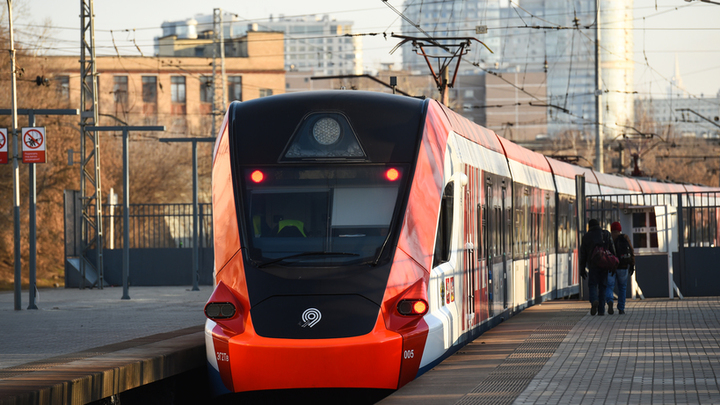 Поезда на Курском направлении и МЦД-2 задерживаются