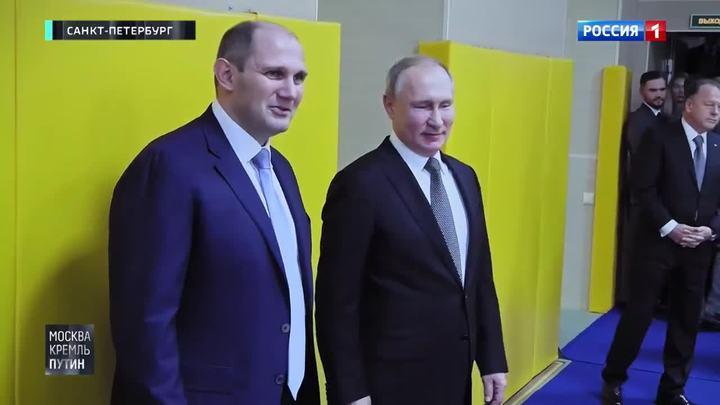 Путин побывал в клубе, где в юности занимался дзюдо